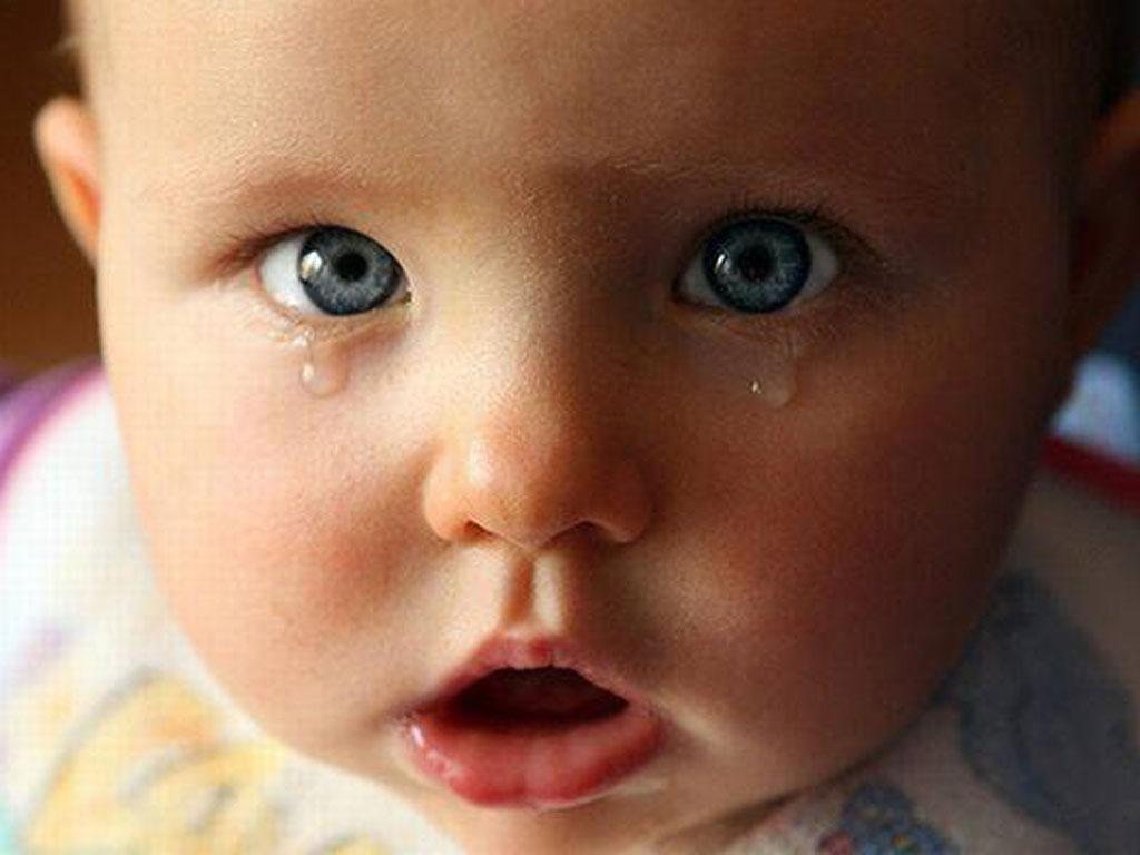 Почеиу плачет ребенок в 3 года